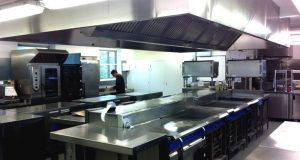college-of-further-education-kitchen1